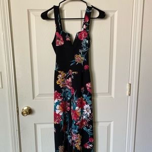 Floral jumpsuit with waist tie